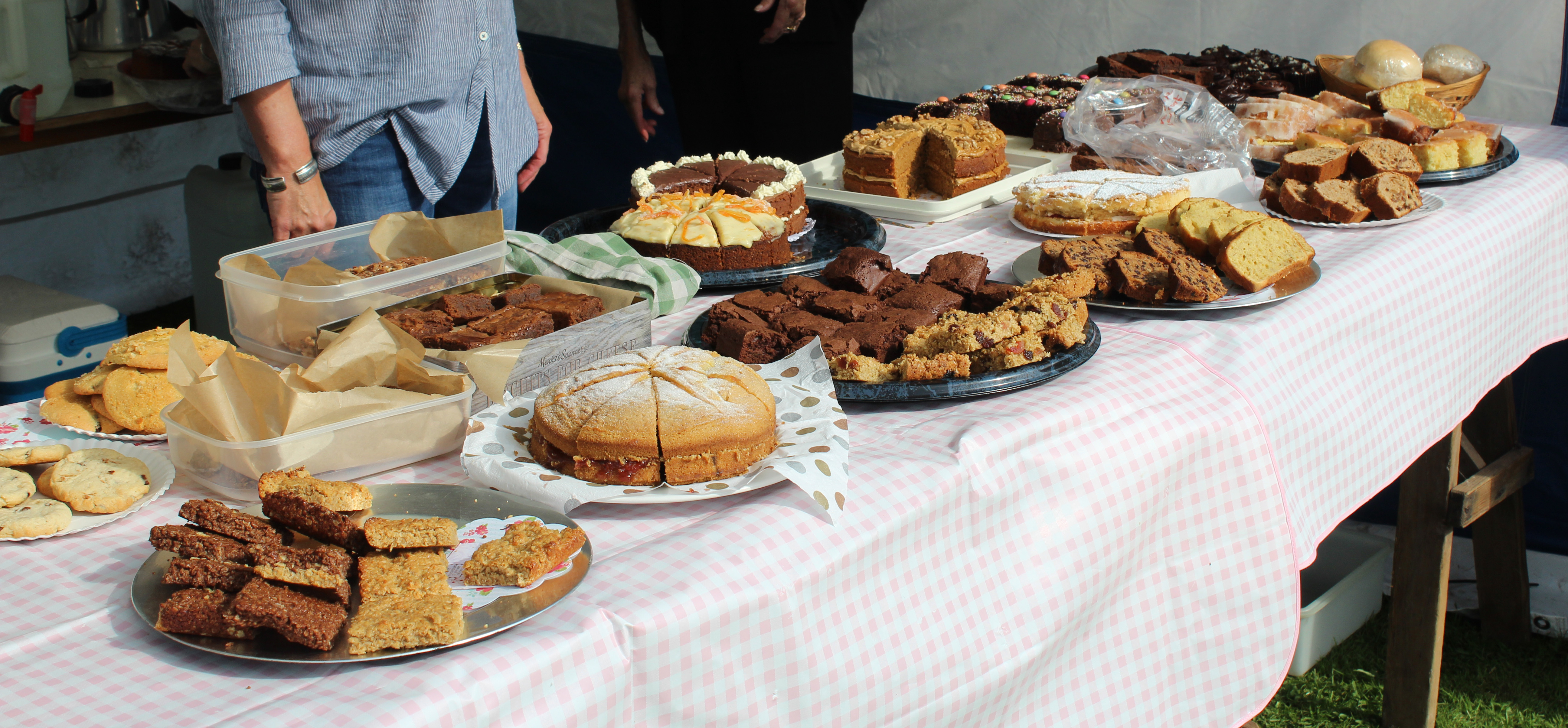 Sutton 10k cakes for sale